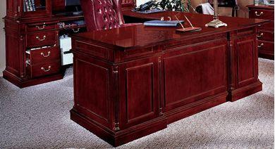 """Picture of Traditional Veneer 72"""" U Shape Office Desk Workstation"""